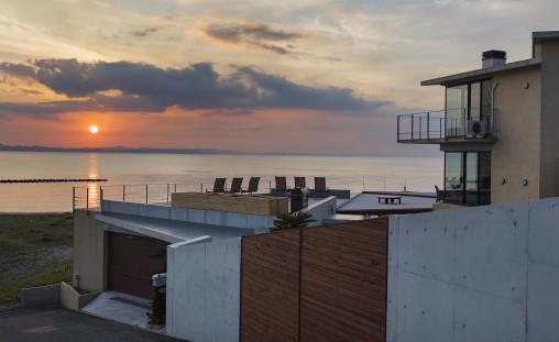 海辺の別荘/新舞子の家